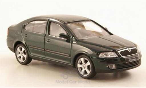 Skoda Octavia 1/43 Abrex metallise green 2004 diecast model cars