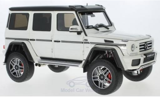 Mercedes Classe G 1/18 Almost Real G500 4x4 blanche