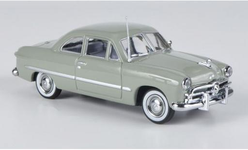 Ford Custom 1/43 American Heritage Models verte 1949 2-Door miniature