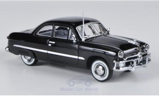 Ford Custom 1/43 American Heritage Models noire 1949 2-Door miniature