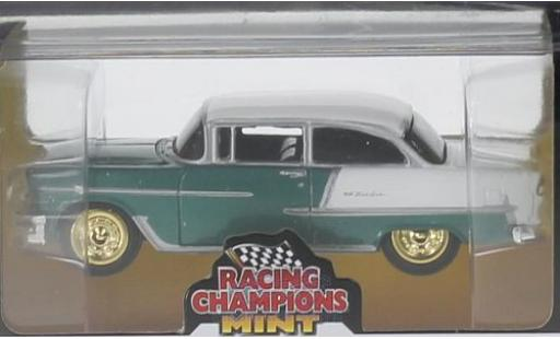 Chevrolet Bel Air 1/64 Auto World matt-turquoise/matt-blanche 1955 goldene Felgen miniature