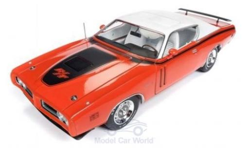Dodge Charger 1/18 Auto World R/T Hardtop orange/blanche 1971 miniature