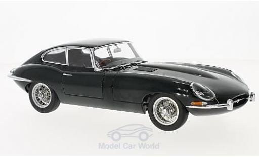 Jaguar E-Type 1/18 AUTOart Coupe Series I 3.8 verte 1961 miniature