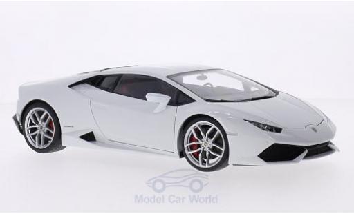 Lamborghini Huracan 1/18 AUTOart LP610-4 metallise blanche 2014 miniature