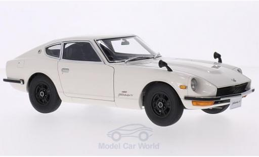 Nissan Fairlady Z S30 1/18 AUTOart 432 (PS30) blanche RHD 1969 miniature