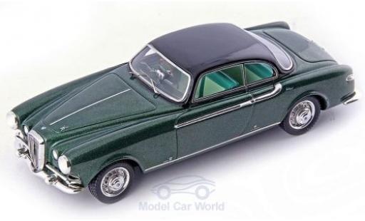 Lancia Aurelia 1/43 AutoCult B52 Coupe Vignale verte/noire RHD 1952 miniature