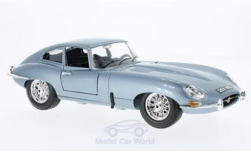 Jaguar E-Type 1/18 Bburago Coupe metallise bleue 1961 ohne Vitrine miniature