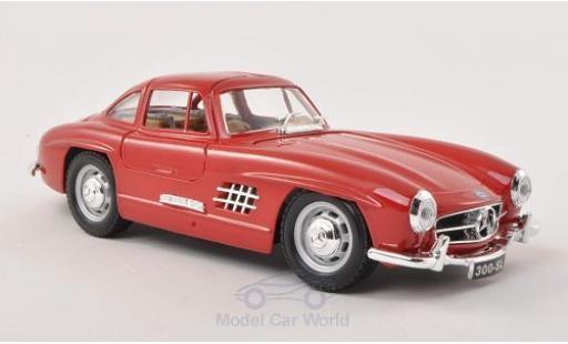 Mercedes 300 SL 1/24 Bburago SL (W198) rouge 1954 miniature