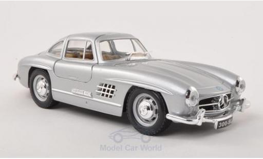 Mercedes 300 SL 1/24 Bburago (W198) grise 1954 miniature