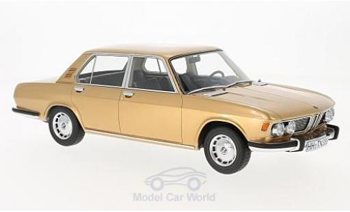 Bmw 2500 1/18 BoS Models BMW (E3) gold 1968 miniature