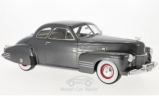 Cadillac Series 62 1/18 BoS Models Club Coupe metallise grise 1941 ohne Vitrine miniature