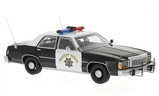 Ford LTD 1/43 BoS Models Crown Victoria noire/blanche California Highway Patrol 1987 miniature