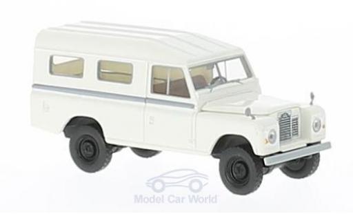 Land Rover 109 1/18 Brekina blanche miniature