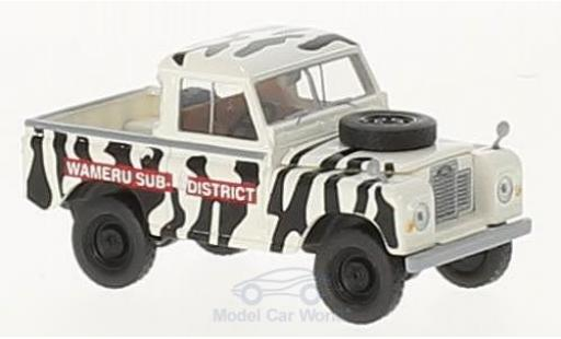 Land Rover 88 1/18 Brekina Starmada Wameru Sub District miniature