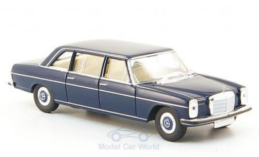Mercedes 220 1/87 Brekina Starmada D lang (W115) bleue miniature