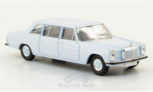 Mercedes 220 1/87 Brekina Starmada D lang (W115) hellbleue miniature