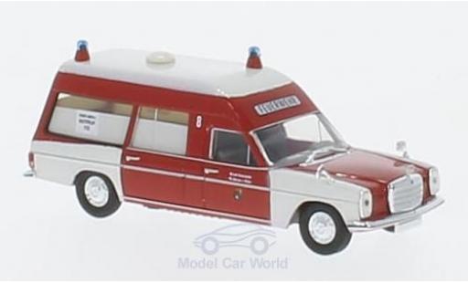 Mercedes /8 1/87 Brekina Starmada KTW BF Mülheim miniature