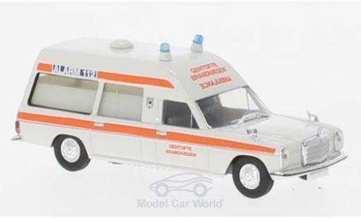 Mercedes /8 1/87 Brekina KTW Gentofte Brandvaesen (DK) diecast model cars