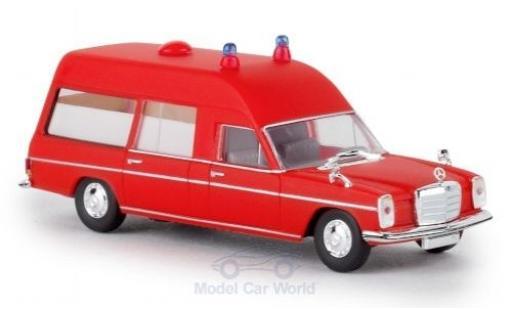 Mercedes /8 1/87 Brekina KTW rouge 1970 miniature