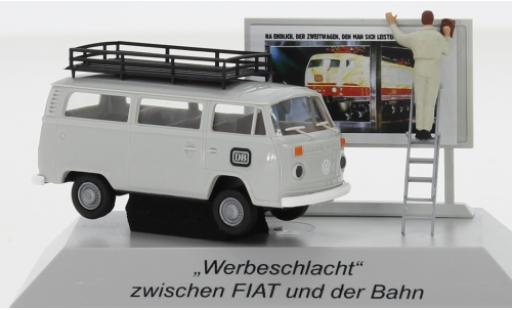 Volkswagen T2 1/87 Brekina Kombi DB 1973 avec Plakatwand