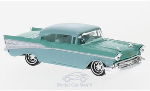 Chevrolet Bel Air 1957 1/87 Busch verte/bleue miniature