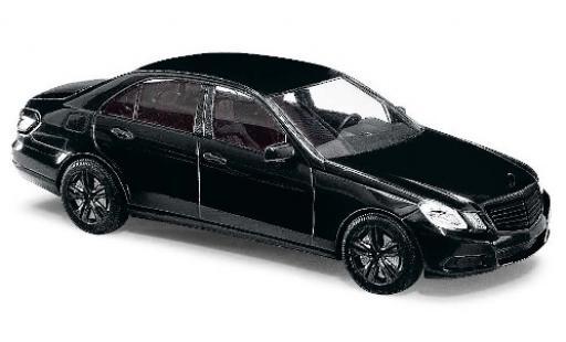 Mercedes Classe E 1/87 Busch (W212) metallise noire Black Edition miniature