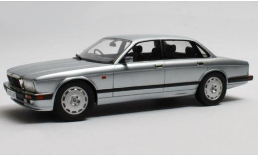 Jaguar XJ 1/18 Cult Scale Models R (40) grey RHD 1990 diecast model cars