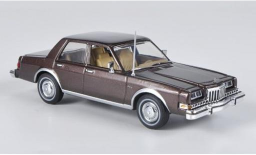 Dodge Diplomat 1/43 First Response metallise marron 1985 miniature