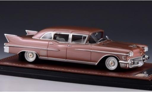 Cadillac Fleetwood 1/43 GLM 75 Sedan metallise pink 1958 diecast model cars