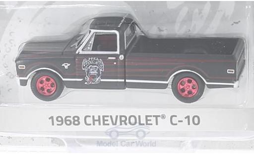 Chevrolet C-10 1/64 Greenlight noire/rouge Gas Monkey Garage 1968 miniature