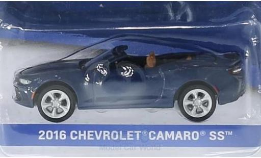 Chevrolet Camaro 1/64 Greenlight SS métallisé bleue 2016 General Motors Series 1 ohne Vitrine miniature