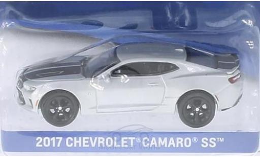 Chevrolet Camaro 1/64 Greenlight SS silber/schwarz 2017 ohne Vitrine modellautos