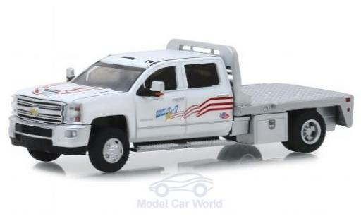 Chevrolet Silverado 1/64 Greenlight 3500HD USA-1 2018 miniature