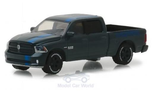 Dodge RAM 1/64 Greenlight 1500 Sport métallisé grise/bleue MOPAR 2017 miniature
