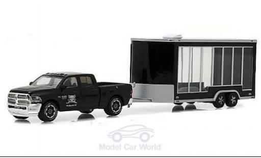 Dodge RAM 1/64 Greenlight Ram 2500 black Graveyard Carz 2016 mit Display Anhänger diecast