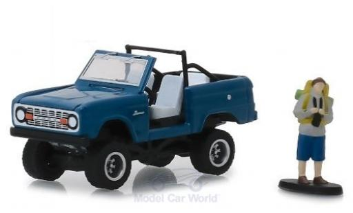 Ford Bronco 1/64 Greenlight bleue 1967 mit Figur miniature