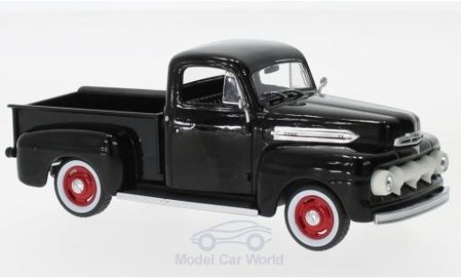 Ford F-1 1/43 Greenlight noire 1951