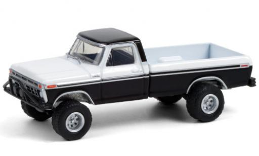 Ford F-250 1/64 Greenlight Custom noire/blanche 1976 miniature