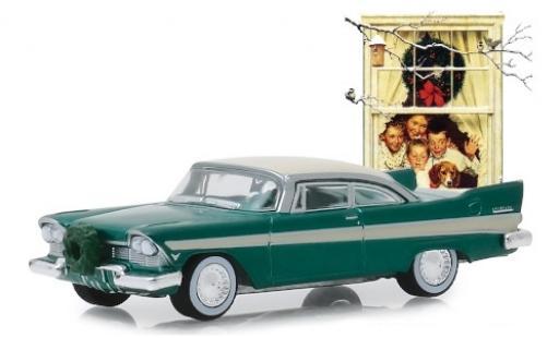 Plymouth Belvedere 1/64 Greenlight metallise verte/beige 1957 mit Weihnachtsschmuck miniature