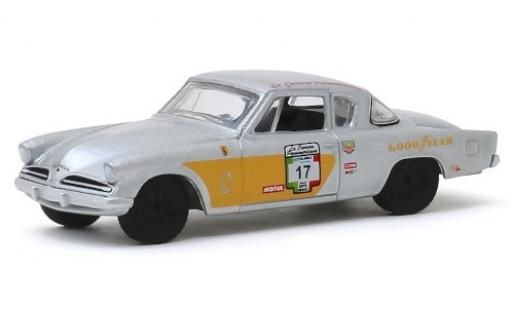 Studebaker Commander 1/64 Greenlight No.17 Carrera Panamericana 1953 miniature