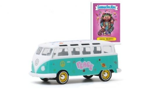 Volkswagen T1 1/64 Greenlight Samba turquoise/blanche GarbagePailKids Hippie Skippy miniature