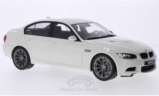Bmw M3 1/18 GT Spirit BMW (E90) white 2008 diecast