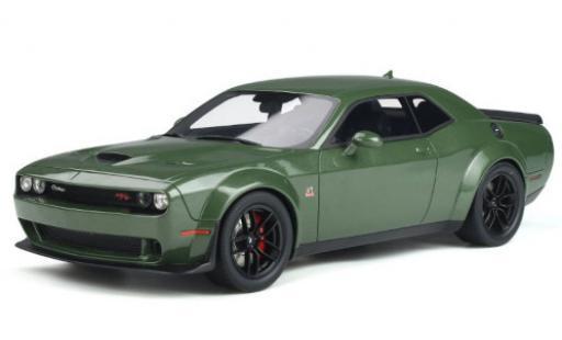 Dodge Challenger 1/18 GT Spirit R/T Scat Pack Widebody metallise green 2019 diecast model cars