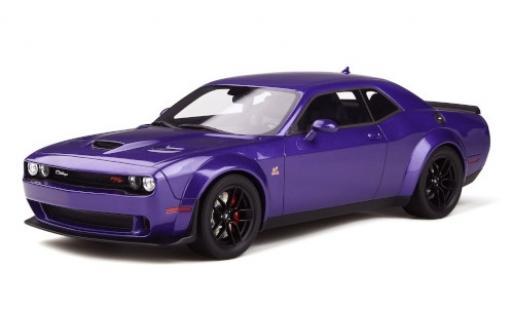 Dodge Challenger 1/18 GT Spirit R/T Scat Pack Widebody metallise lila miniature