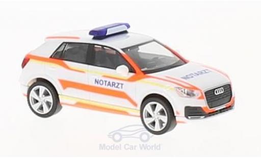 Audi Q2 1/87 Herpa Notarzt miniature