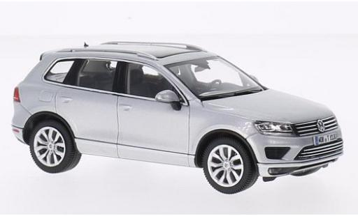 Volkswagen Touareg 1/43 I Herpa grey 2015 diecast model cars