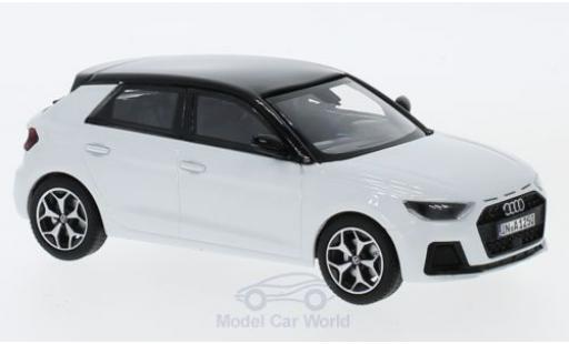 Audi A1 1/43 iScale Sportback metallise blanche/noire 2018 miniature