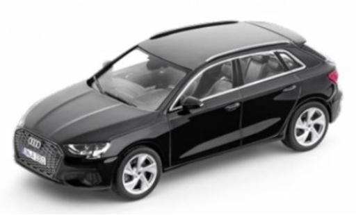 Audi A3 1/43 I iScale Sportback (8Y) noire 2020 miniature