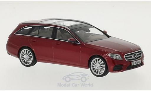 Mercedes Classe E 1/43 iScale T-Modell (S213) metallise rouge miniature