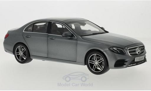 Mercedes Classe E 1/18 iScale (W213) AMG Line matt-grise 2016 miniature